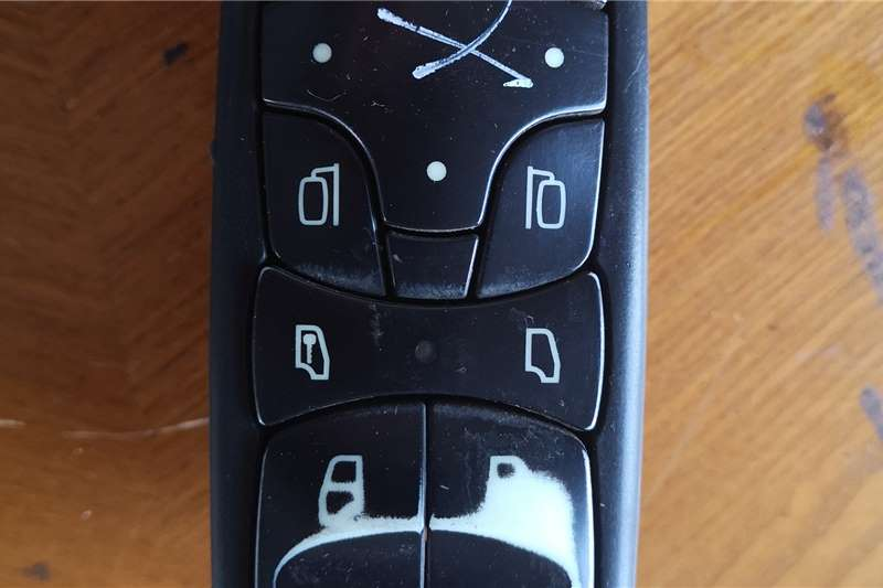 Mercedes Benz Electrical systems Used Mercedes Right Hand Door Switch Truck spares and parts
