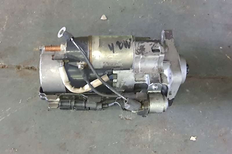 Mercedes Benz Engines New and used startets Truck spares and parts