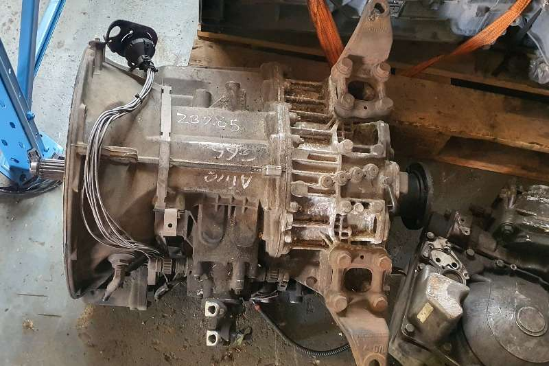Mercedes Benz Gearboxes Mercedes benz G85 Truck spares and parts