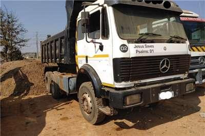 Mercedes Benz Tipper 10 cube Tipper Truck Truck