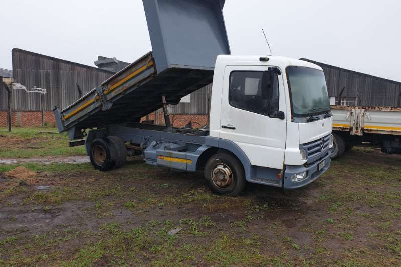 Mercedes Benz Truck Tipper 917 mercedes benz atego 2005