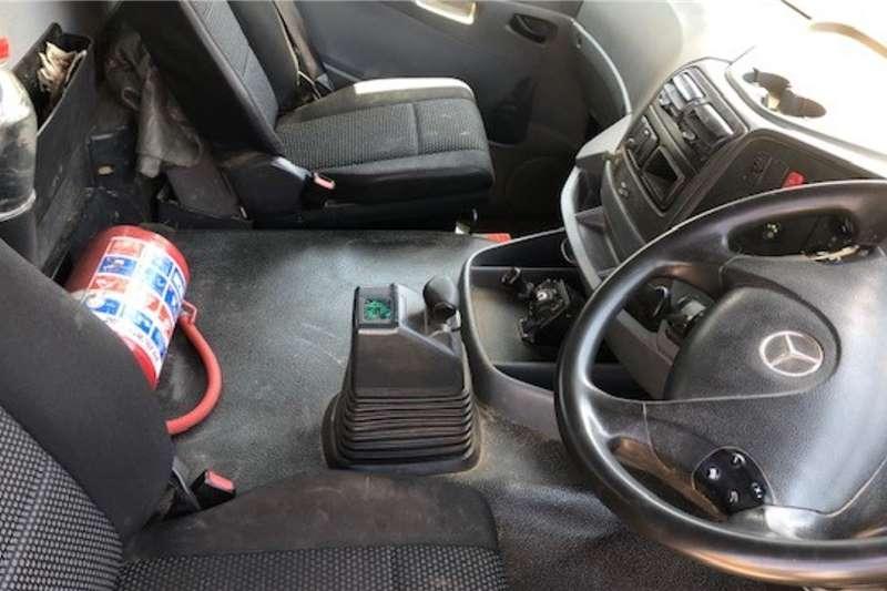Mercedes Benz Tipping body 2014 MBenz Axor 3335K 10 Cube Tipper Truck