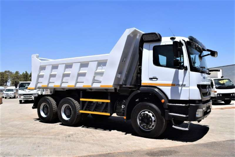 Mercedes Benz Truck Tipping body Axor 2628B/33 6X4 ( 10 Cubic ) 2015
