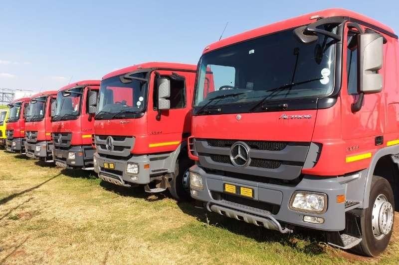 Mercedes Benz Truck-Tractor 3344 ACTROS MP3,6x4,T/T,FSH,EX COCA COLA 2011