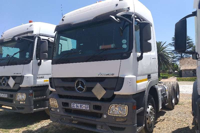 Mercedes Benz Truck-Tractor Double axle 2012 Mercedes Benz Actros 2650 2012