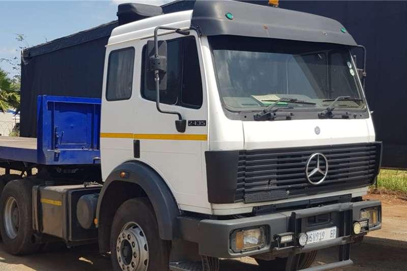 Mercedes Benz Truck-Tractor Double Axle 2435 Powerliner 1994