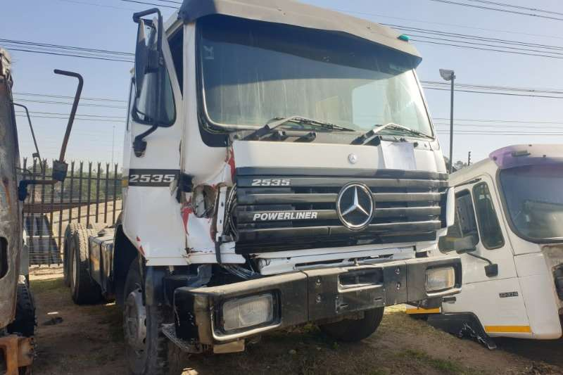 Mercedes Benz Truck-Tractor Double axle 2535 Powerliner 1996