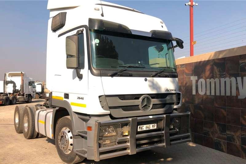 Mercedes Benz Truck-Tractor Double Axle 2646 2015