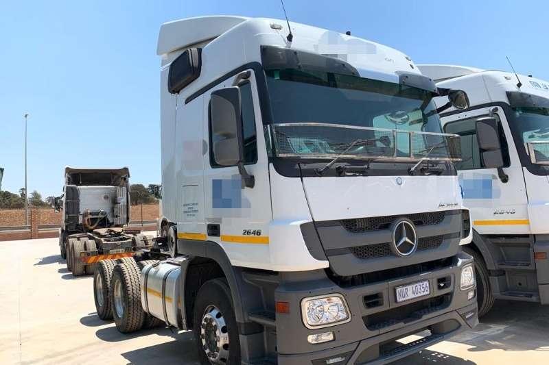 Mercedes Benz Truck-Tractor Double axle 2646 6x4 T/T 2016