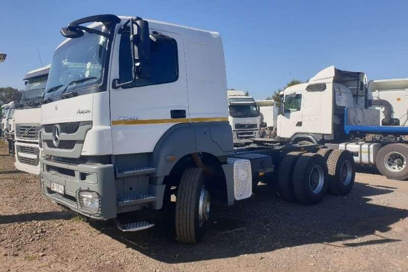 Mercedes Benz Truck-Tractor Double axle 3340 Axor 2014