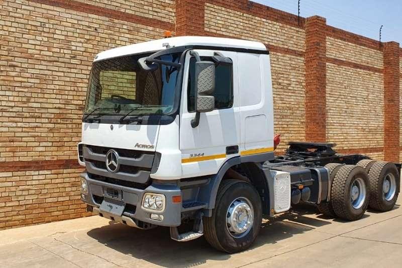 Mercedes Benz Truck-Tractor Double axle 3344 ACTROS MP3,6x4 TRUCK TRACTOR 2014