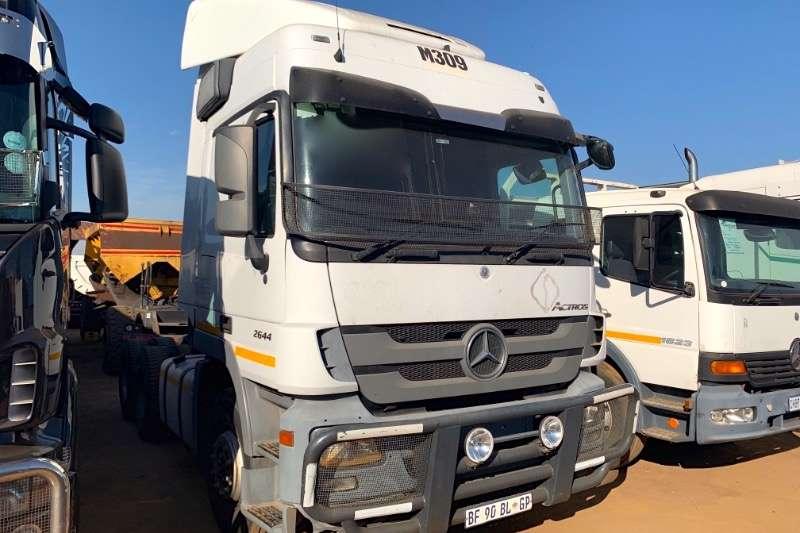 Mercedes Benz Truck-Tractor Double axle ACTROS 2644 2011