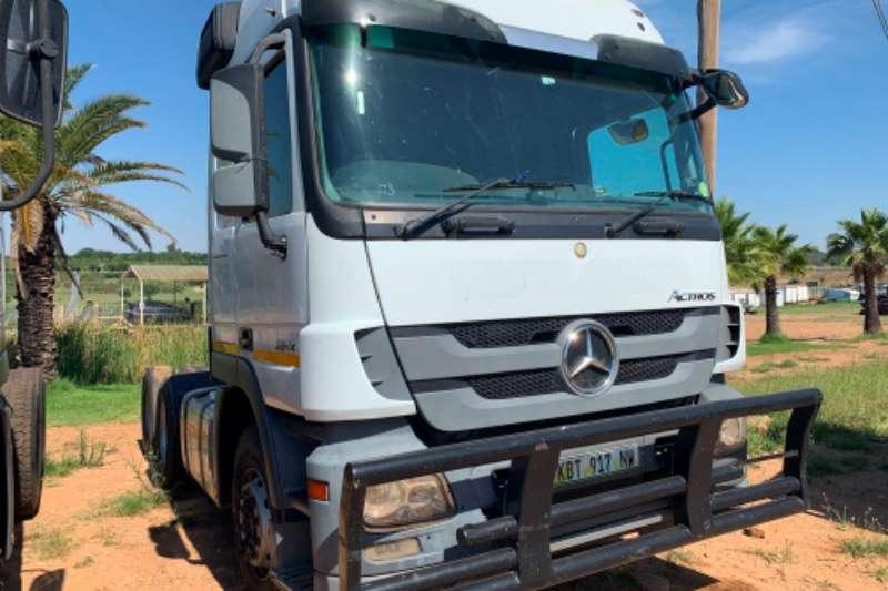 Mercedes Benz Truck-Tractor Double axle Actros 2644 6x4 mechanical horse 2014
