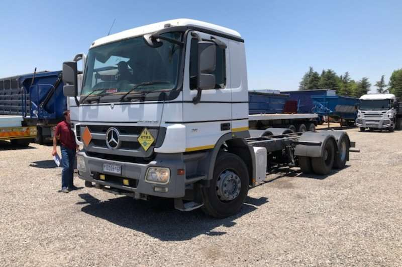 Mercedes Benz Truck-Tractor Double axle Actros 2644 6x4 Rigid Chassis T/T 2009