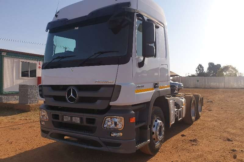 Mercedes Benz Truck-Tractor Double axle Actros 2644 MP3 2013