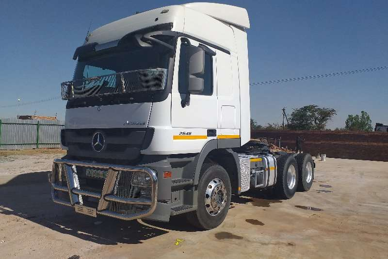 Mercedes Benz Truck-Tractor Double axle Actros 2646 MP3 2016