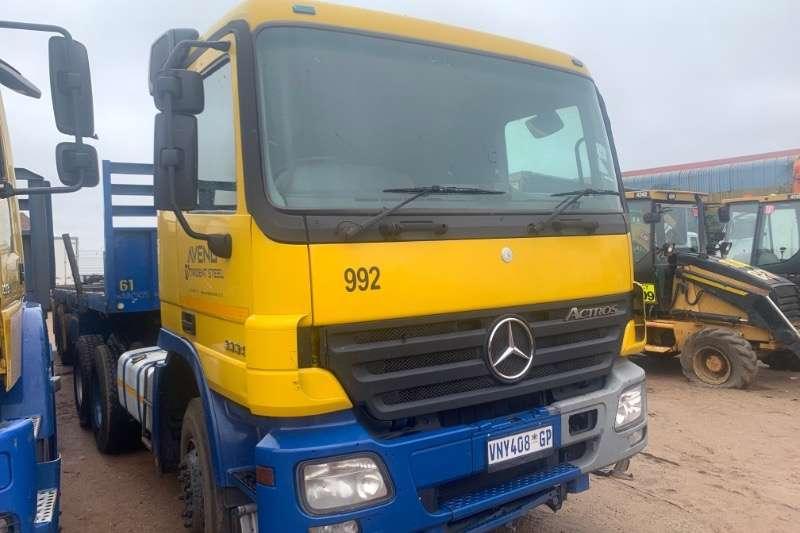Mercedes Benz Truck-Tractor Double axle ACTROS 3335 2007