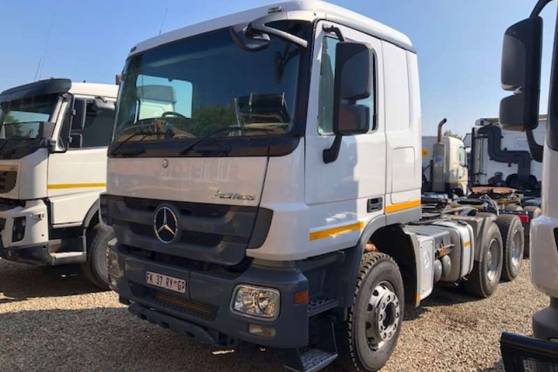 Mercedes Benz Truck-Tractor Double axle Actros 3344 6x4 T/T 2014