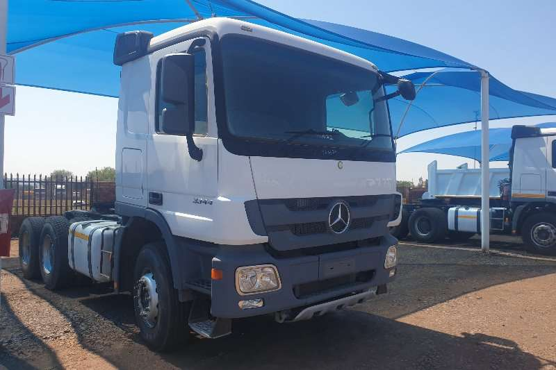 Mercedes Benz Truck-Tractor Double axle Actros 3344 MP3 2011