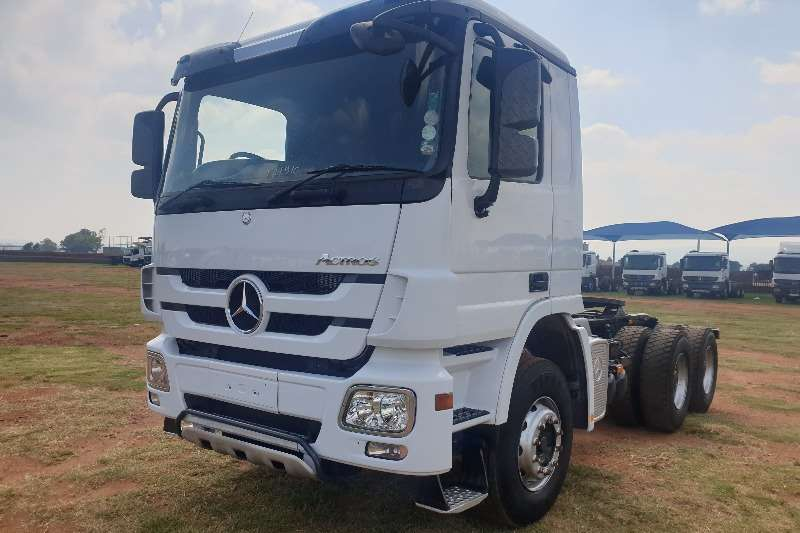 Mercedes Benz Truck-Tractor Double axle Actros 3344 MP3 2014