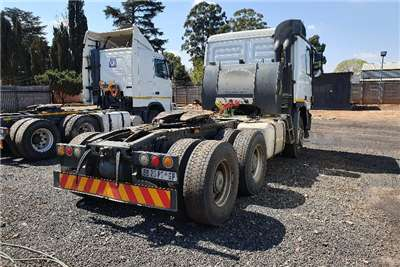 Mercedes Benz Double axle Actros 3350 Truck-Tractor