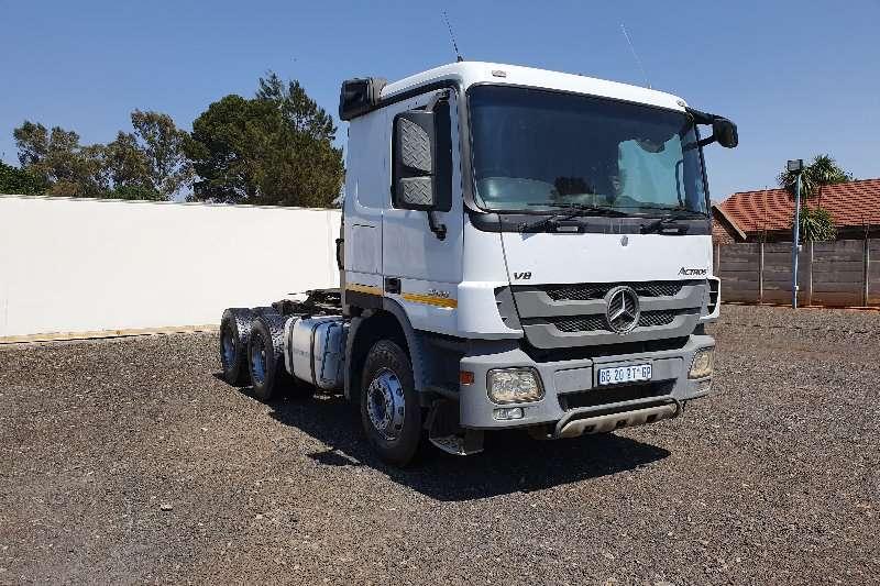 Mercedes Benz Truck-Tractor Double axle Actros 3350 2010