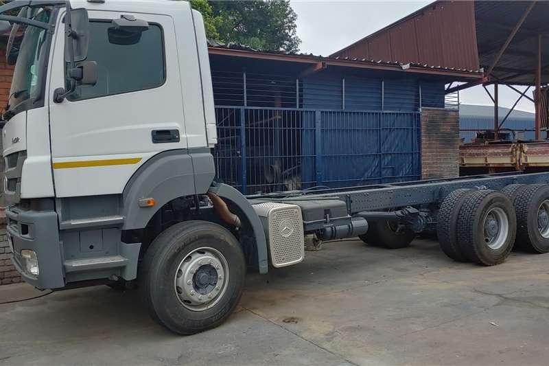 Mercedes Benz Truck-Tractor Double axle Axor 3340 2013