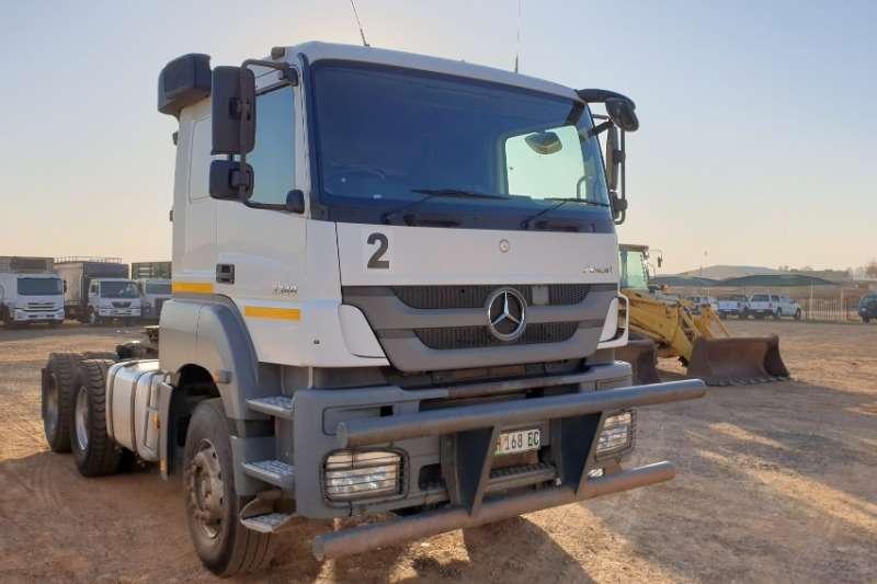Mercedes Benz Truck-Tractor Double axle Axor 3340 2015
