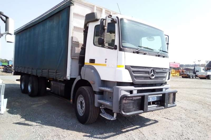 Mercedes Benz Truck-Tractor Double Axle AXOR 3340 6x4 Rigid Truck with Tautliner Body 2010