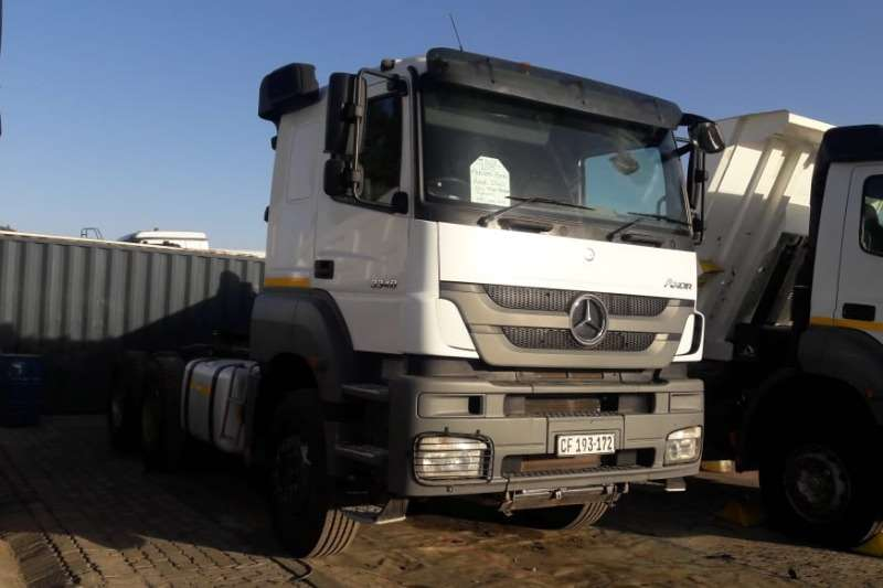 Mercedes Benz Truck-Tractor Double axle Axor 3340 6x4 Truck Tractor 2015