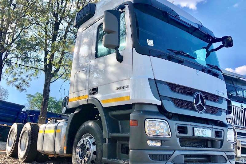 Mercedes Benz Truck-Tractor Double Axle Mercedes-Benz 2644 T/T 2013
