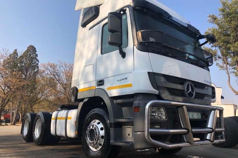 Mercedes Benz Truck-Tractor Double axle MERCEDES BENZ 2646 TT 6X4  FSH 2017