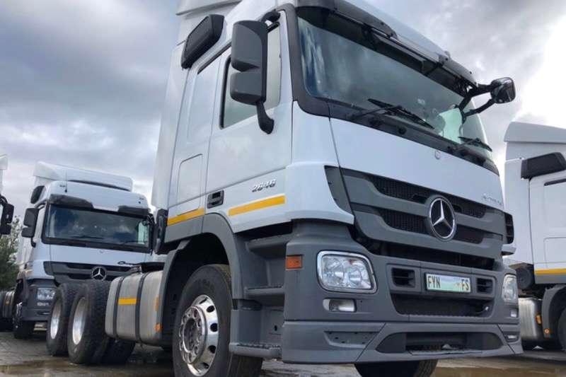 Mercedes Benz Truck-Tractor Double axle Mercedes Benz 2646LS TT 6x4. 2017