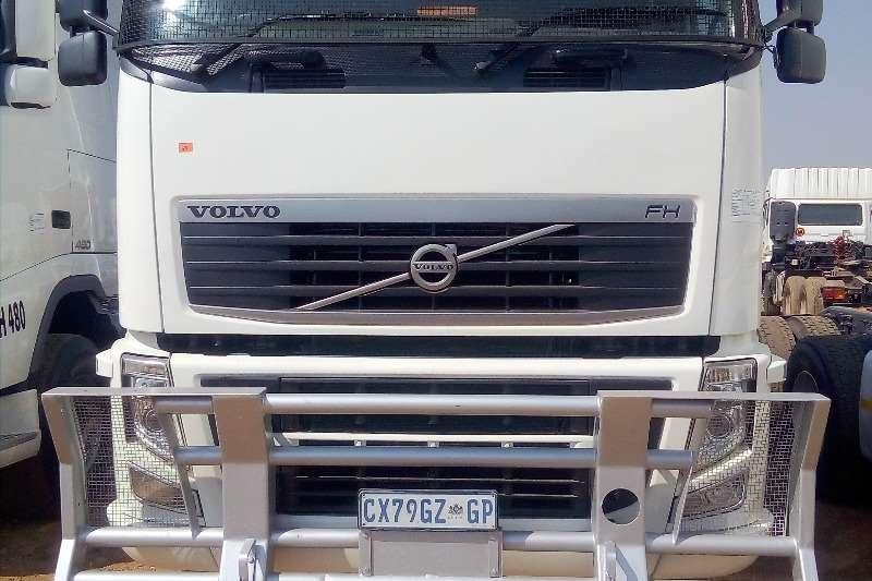 Mercedes Benz Truck-Tractor Double axle MERCEDES BENZ 2654 HORSE POWER DOUBLE DIFF 2009