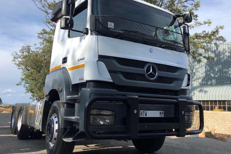 Mercedes Benz Truck-Tractor Double axle Mercedes Benz 3340 T/T 2015