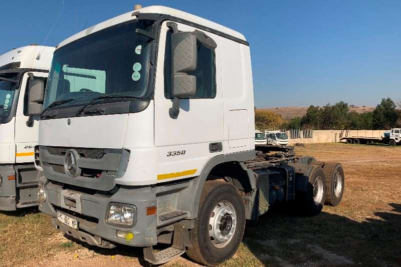 Mercedes Benz Truck-Tractor Double axle Mercedes Benz 3350 with Hydraulics 2012
