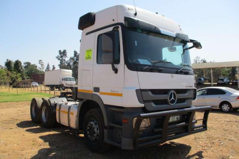 Mercedes Benz Truck-Tractor Double axle MERCEDES BENZ ACTROS 2644 6X4 MECHANICAL HORSE 2014