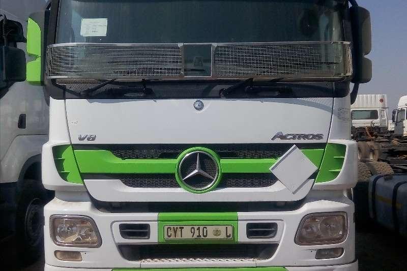 Mercedes Benz Truck-Tractor Double axle Mercedes BenzActros 2654 2013