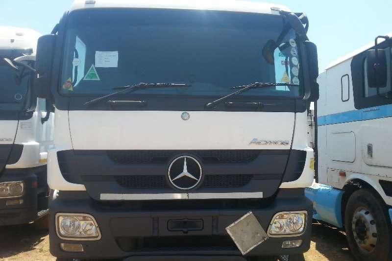 Mercedes Benz Truck-Tractor Double axle MERCEDES BENZ ACTROS 33,44 2010 2010