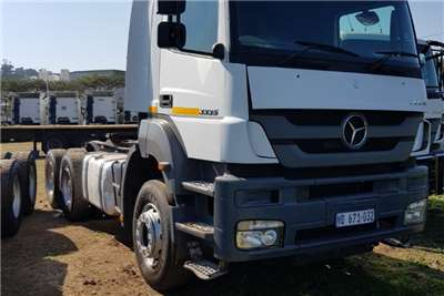 Mercedes Benz Truck-Tractor Double Axle MERCEDES BENZ AXOR 3335 6X4 MECHANICAL HORSE