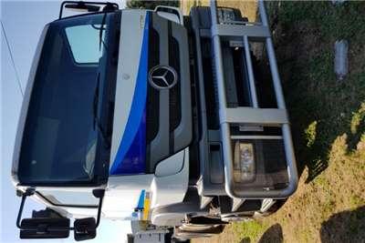 Mercedes Benz Truck-Tractor Double Axle MERCEDES BENZ AXOR 3340 6X4 MECHANICAL HORSE 2008