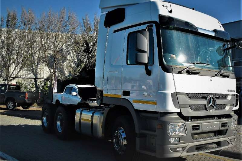 Mercedes Benz Truck-Tractor Double axle New Actros 2646LS/33 2019