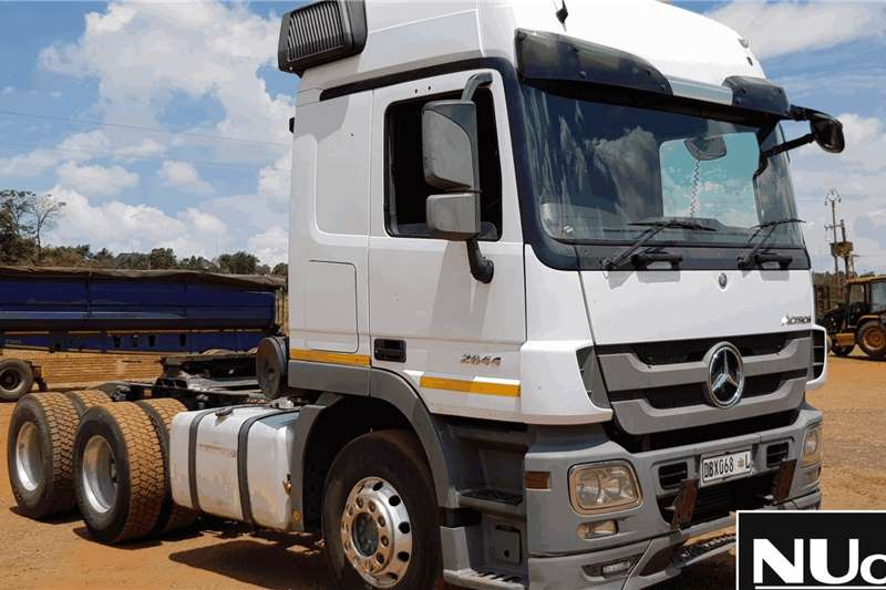Mercedes Benz Truck-Tractor MERCEDES BENZ ACTROS 2644 6X4 HORSE 2014