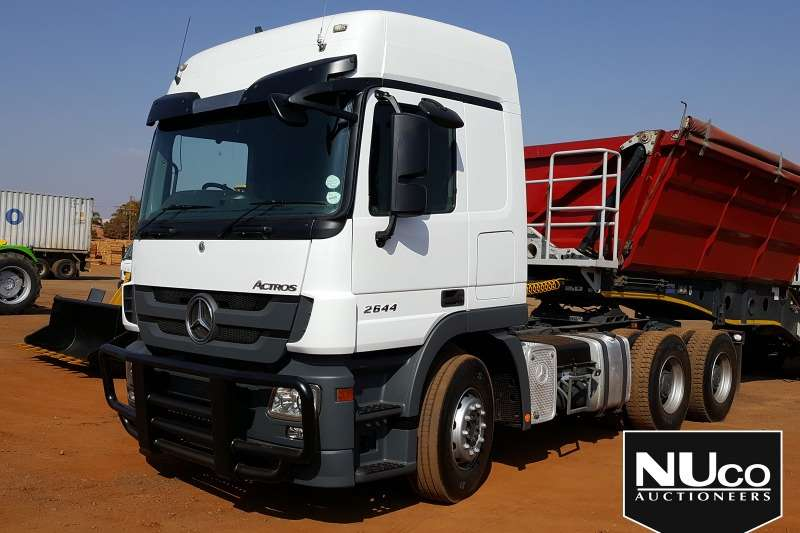 Mercedes Benz Truck-Tractor MERCEDES BENZ ACTROS 2644 6X4 HORSE