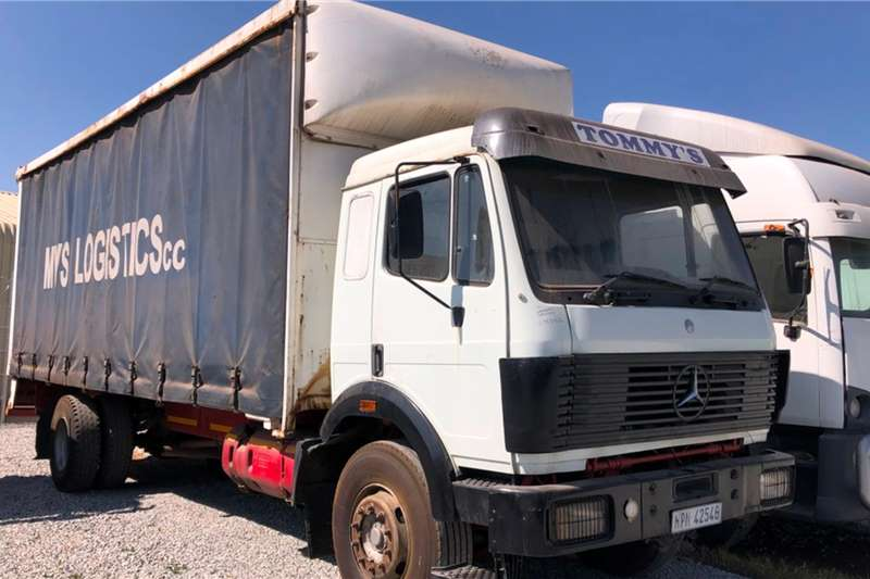 Mercedes Benz Truck-Tractor Single Axle 16 Series 1990