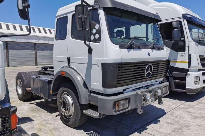 Mercedes Benz Truck-Tractor Single axle 1928   V8   Non Turbo 1991
