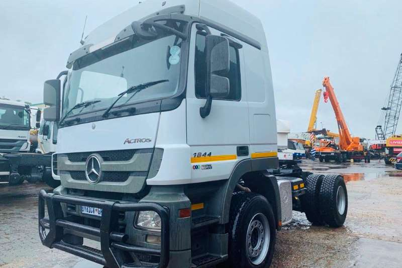 Mercedes Benz Truck-Tractor Single Axle Actros 1844 2012