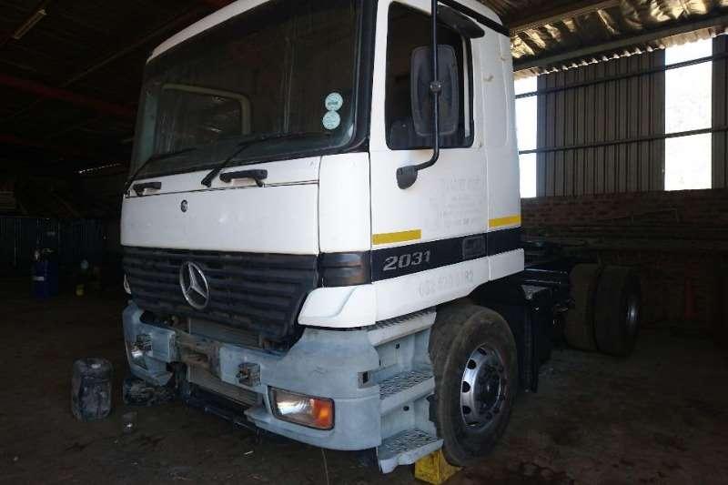 Mercedes Benz Truck-Tractor Single axle Actros 2031