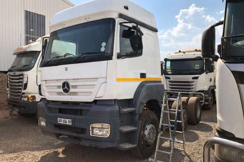 Mercedes Benz Truck-Tractor Single Axle Axor 2535 6x2 Tag Axle T/T 2010