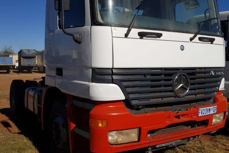 Mercedes Benz Truck-Tractor Single axle Mercedes Benz Actros Single Axle